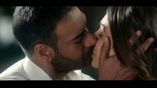 Rakul Preet Singh and Ajay Devgan Lip-lock scene   De De Pyar De Movie Clips   De De Pyar De Movie  
