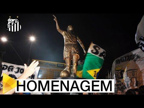 Zito, o eterno capitão, ganha estátua em frente a Vila Belmiro