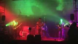 Niumonia - Bambina Vampira (live 12.12.2014)