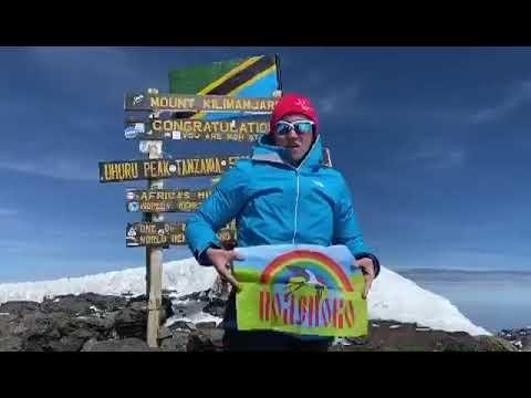 Татьяна Лебедева передаём нам привет с самой высокой точки Африки
