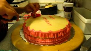 Quick Birthday Cake With Buttercream Frosting For Mom