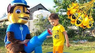 Щенячий патруль Батут Развлечения для детей на детской площадке Видео для детей Bunch O Balloons