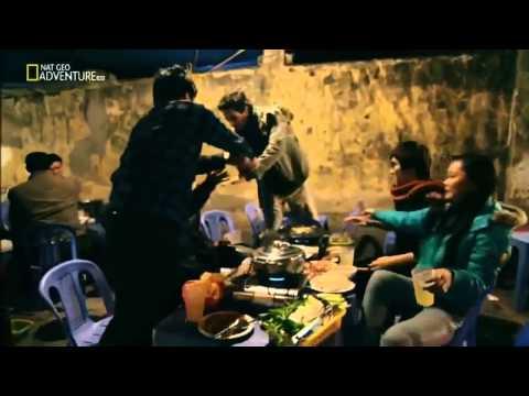Hanoi Street Food - Vietnamese Food Documentary