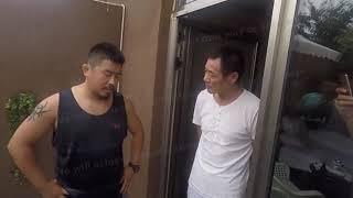 Gambar cover Xu Xiaodong Challenges Tai Chi Master At His Home (April 2018 Footage)