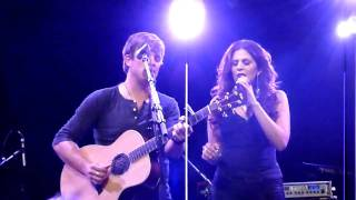 Dave Barnes w/ Hillary Scott - On A Night Like This (NYC 5/10/10) YouTube Videos