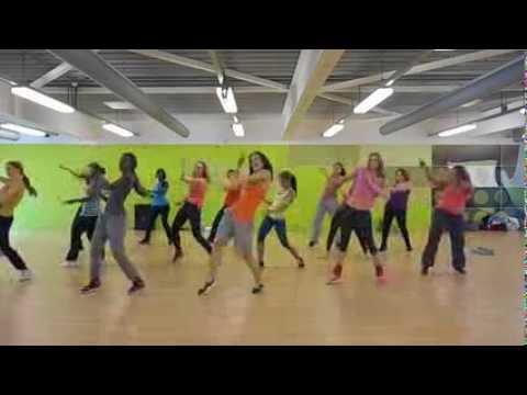 Gyal wuk - wine like a champion! Easy and fun fitness dance choreography