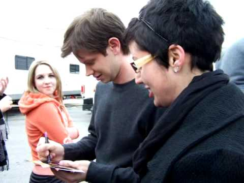 Lee Norris with fans at the filming of  One Tree Hill Season 7 finale in Wilmington, NC