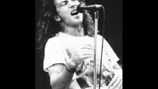 Weird Al Yankovic - My Baby's In Love With Eddie Vedder