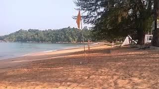 Рано утром на пляже
