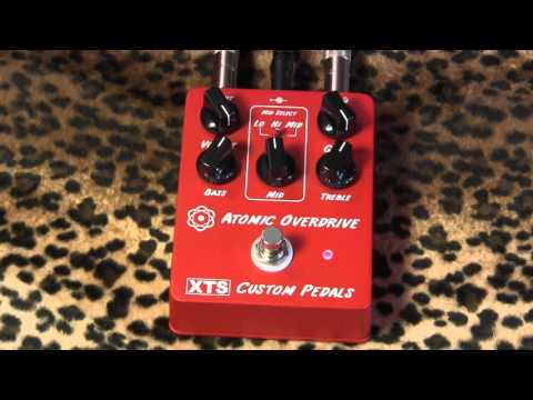 XTS Custom Pedals ATOMIC OVERDRIVE (brown sound & beyond) pedal demo