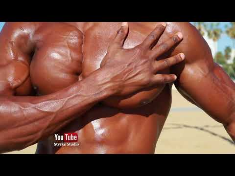 Muscle Model Max Beach Workout Santa Monica Styrke Studio (Full vid link below)