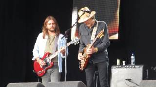 The Magpie Salute  Smoke Signals  Zwarte Cross 2017