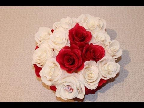 Сладкий подарок в шляпной коробке своими руками, мастер класс, цветы с конфетами.