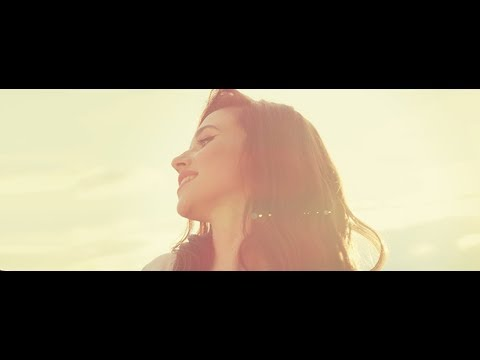 Ioana Ignat - Langa Ea | Official Music Video