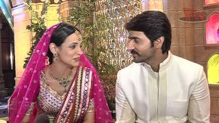 Rangrasiya - Sanaya and Ashish in Complete FUN Mood