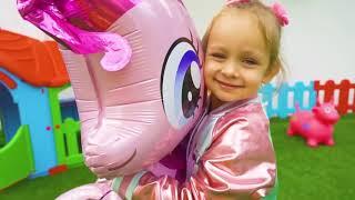 Воздушный шарик - Песня для детей | Детские песни от Майи и Маши
