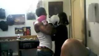 hood fights Thumbnail