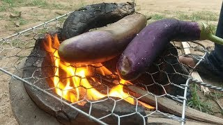 today i show all of you about how to cooking fry pork with eggplant