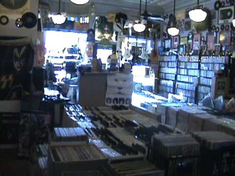 Toms Music Trade Record Store, Red Lion ,PA 17356 USA.  TOMSMUSICTRADE.COM