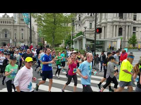 Steph at mile 6 BROAD STREET RUN PHILLY