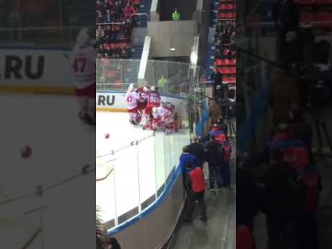 КХЛ видео: смотреть хоккей онлайн, прямые трансляции