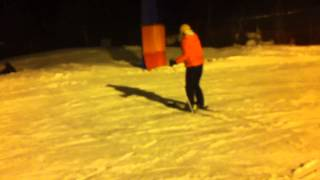 видео Как покататься на горных лыжах в Подмосковье