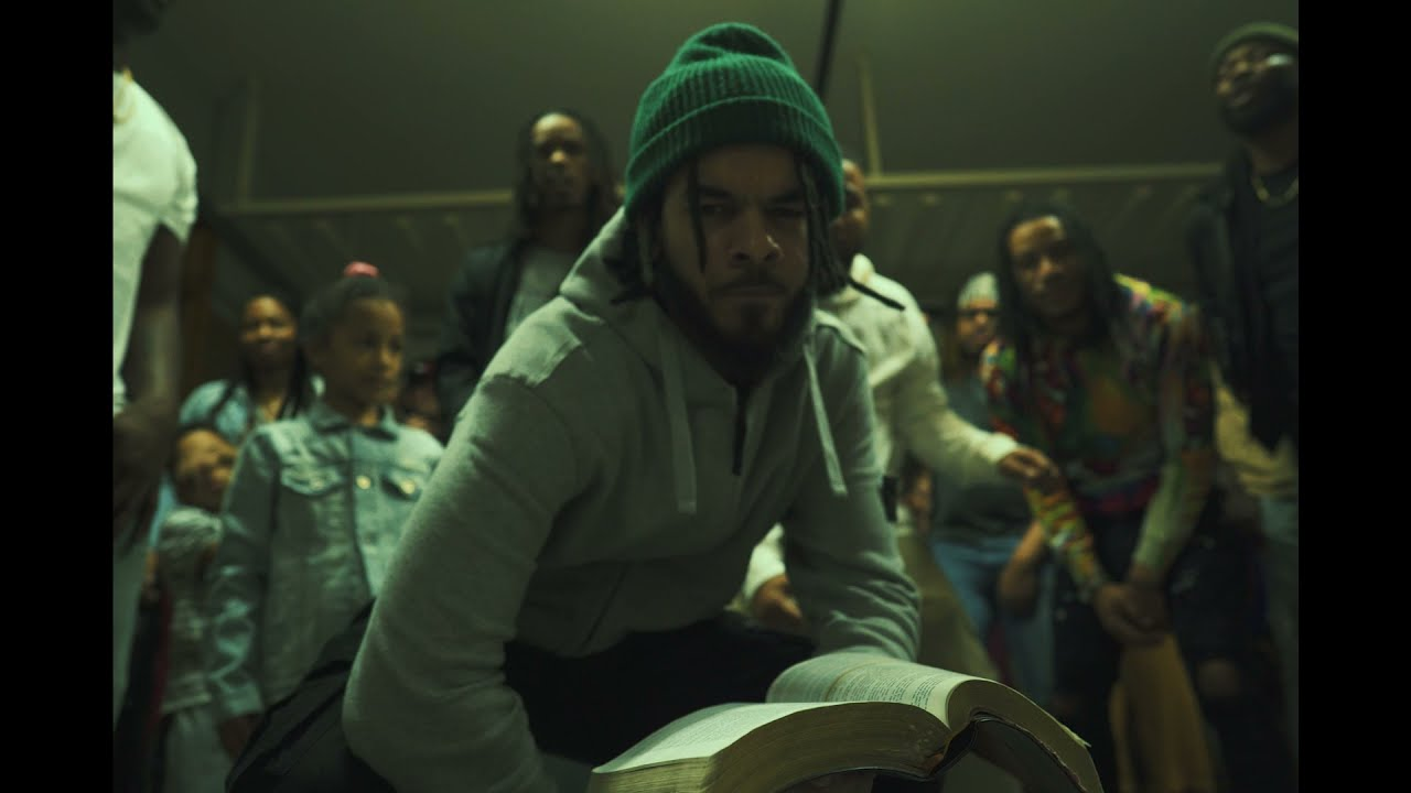 Download MARV - UPPER ROOM ft. LIVE SP & Marcus Rogers (Official Video)