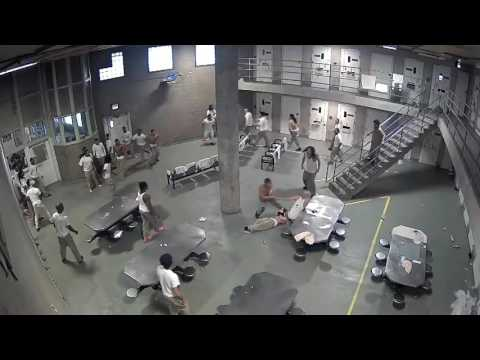 Brawl at Cook County Jail  maximum security inmates injuries  Warning some may find this Graphic
