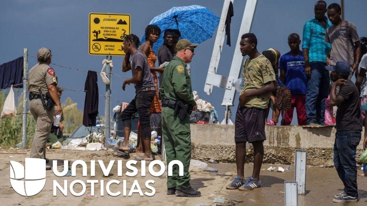 Download Patrulla Fronteriza bloquea paso de migrantes que permanecen debajo del puente internacional Del Río