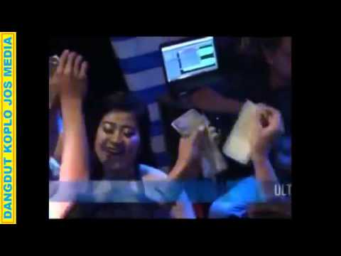 Dangdut Koplo Hot Surya Nada - Sinta Asmara Goyang Hot Banget thumbnail