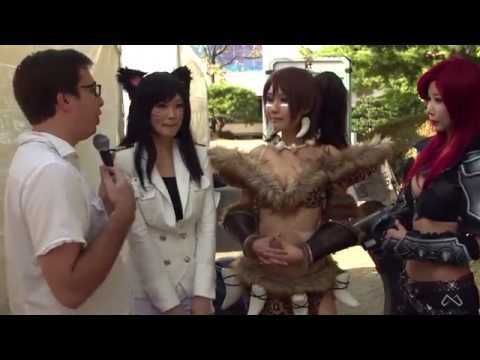 Travis interviews the Spiral Cats - Professional Cosplayers in Seoul