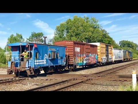 Marion Union Station, Cabooses, Diamonds & Railroad Signals! Rare New Tank Cars Unpainted!