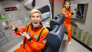STUCK in SPACE SHIP ESCAPE ROOM for 24 HOURS Winner Gets 10000