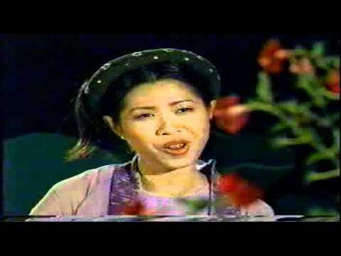 Hoa thơm bướm lượn - Ca sĩ,  MC Quỳnh Hoa 2002.mp4