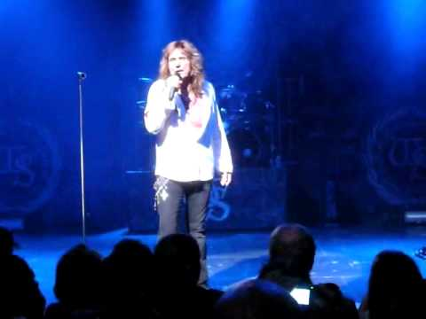Whitesnake - Love aint no stranger (Ancienne Belgique, 7/06/2009) - with Mistreated a capella