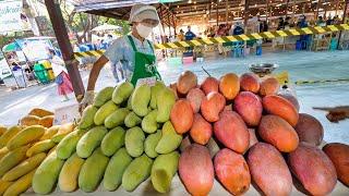 Huge Mangoes!! FARMER'S MARKET FOOD!  | Jing Jai Market (ตลาดจริงใจ), Chiang Mai, Thailand!