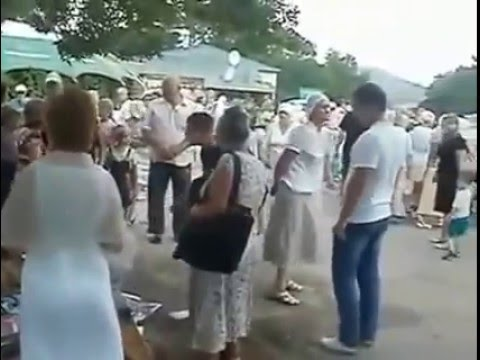 Ukraine Catholic Church members destroy SDA Church tent