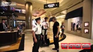 dude-harassing-security-guard-at-mall