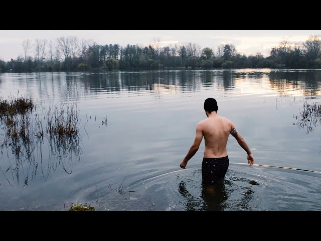 náhledový obrázek videa