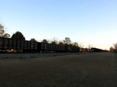 2797) NS 9478 Leads The NS 330 at Cecil, Georgia on December 12th, 2010