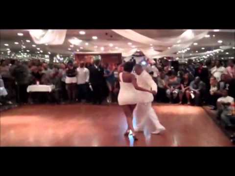 Chicago Style Steppin Music by Caloge -