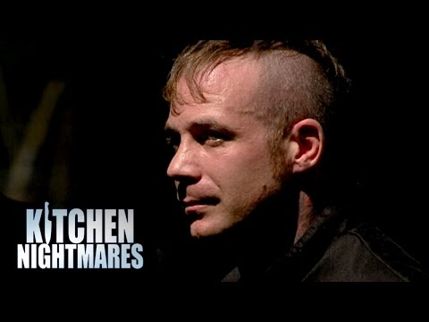 Insubordinate Chef Refuses To Cook Fried Chicken - Kitchen Nightmares