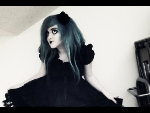 How To Make Creepy Gothic Lolita Doll Up Look