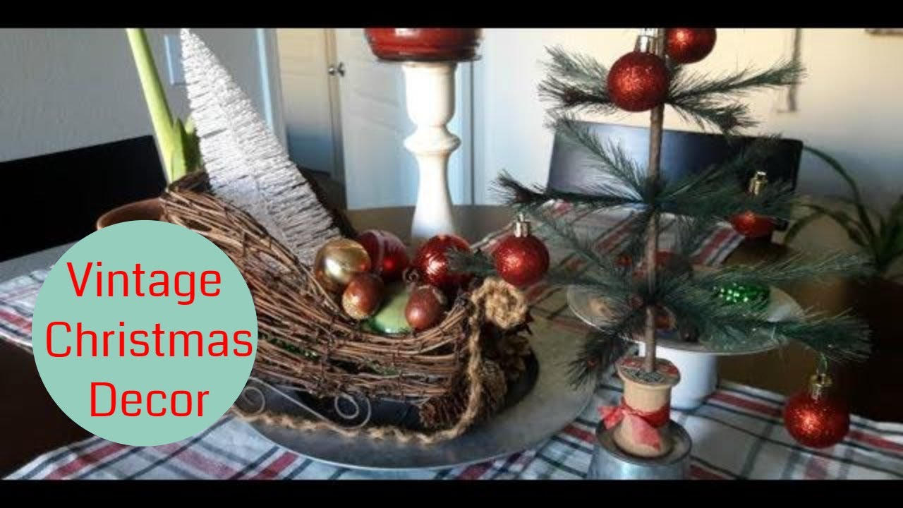 christmas home decor tour 2017 vintage christmas decor apartment tour - Vintage Christmas Home Decor