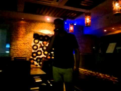 Jaane jaan at Harry's karaoke lounge Delhi