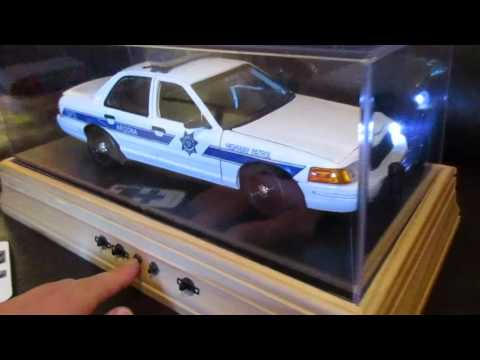 1/18 Scale Arizona DPS Crown Victoria in Display Case with Remote Control