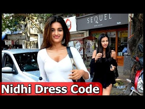 Nidhi agarwal Favorite Dress Code - Movies...