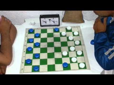 Jogo de damas: Vinícius (Campeão Brasileiro) x Rogerinho - 01