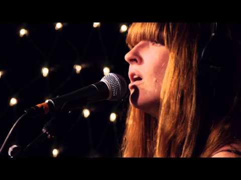 La Sera - Love That's Gone (Live on KEXP)