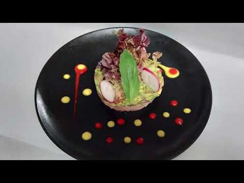 tartare-avocat-au-saumon-fumé-/-وصفة:-الأفوكادو-مع-سمك-السلمون-المدخن